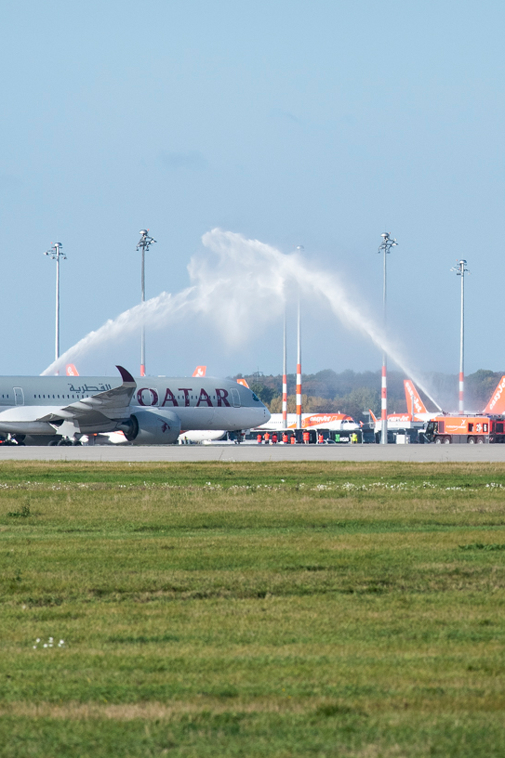 Welcoming of the first flight on the southern runway