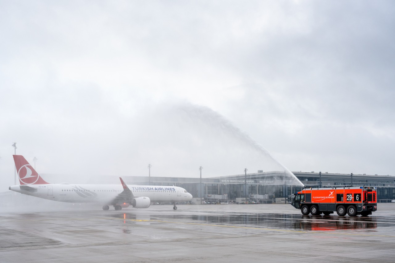 The airport welcomed Turkish Airlines at BER Terminal 1 from Istanbul. (Picture source: Günter Wicker)
